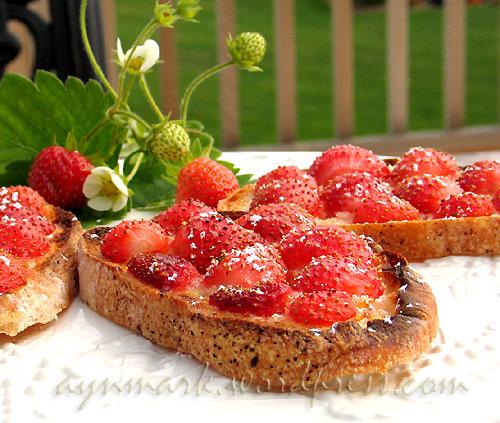strawberrybruschetta11