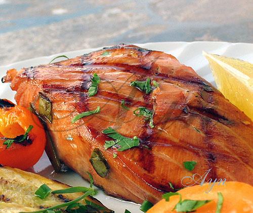 как замариновать или засолить лосось что бы потом можно было кусочек лосося положить на хлеб....