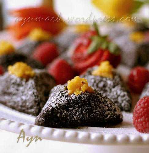chocolatehamantashen2